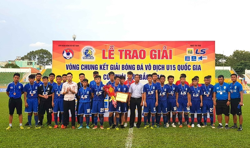 Đả bại Bình Dương, Viettel tranh chung kết U15 QG với SLNA