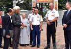 Đại tướng Mỹ thăm đền Hai Bà Trưng