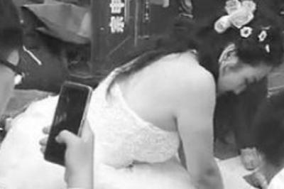 Nữ y tá bỏ mặc chú rể ở đám cưới để cứu người bên đường
