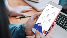 Ứng dụng ngân hàng giúp tân SV quản lý tài chính