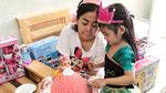 Mai Phương đón sinh nhật cùng con gái 5 tuổi ở bệnh viện