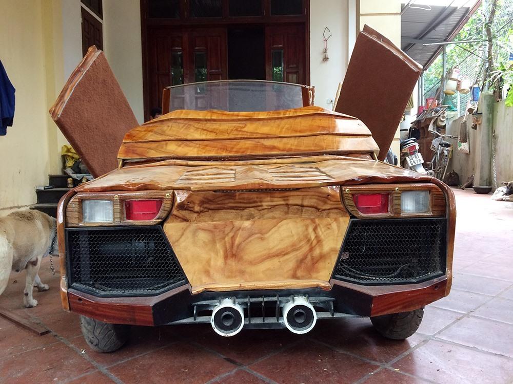 """Lộ diện chủ nhân chiếc """"siêu xe"""" Lamborghini bằng gỗ gây sốt tại Hà Nội"""