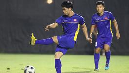 U23 Việt Nam tập đá luân lưu, Công Phượng đã... thành công!