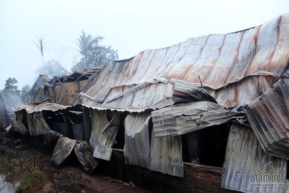 cháy xưởng,hỏa hoạn,đại lộ Thăng Long,Hà Nội