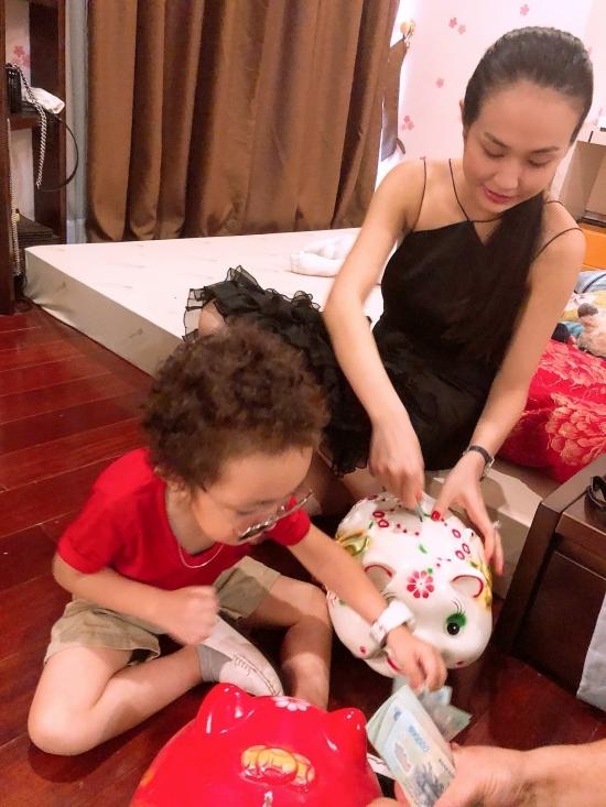 Kha Mỹ Vân sinh con đầu lòng đúng ngày sinh nhật