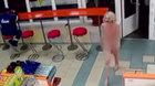 Cô gái tóc vàng khỏa thân khiến chánh án Nga từ chức