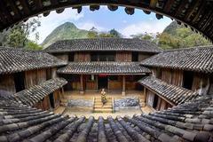 Bộ Văn hoá lên tiếng về tranh chấp sổ đỏ dinh thự vua Mèo ở Hà Giang