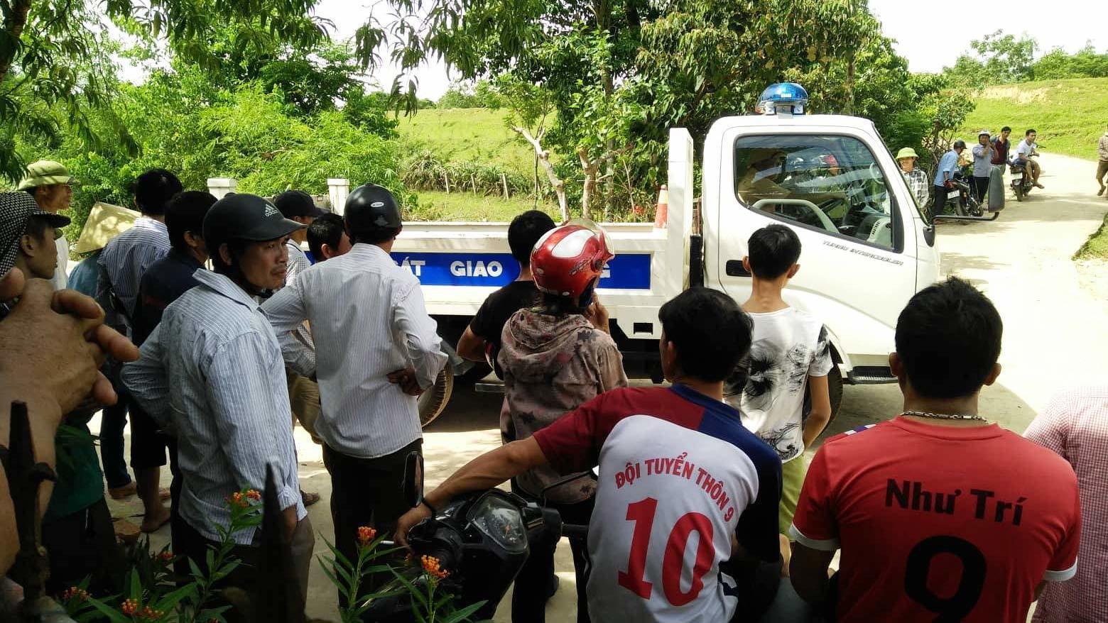 Hà Tĩnh: Xe công trình cán chết bé gái 16 tháng tuổi
