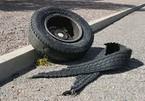 Lốp ô tô khách bất ngờ phát nổ, chủ gara tử vong tại chỗ