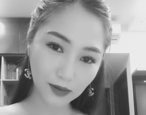 Hương Tràm tung clip hát chay 'Gửi anh và cô ấy' cực đỉnh