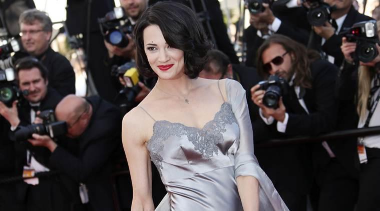 Nữ diễn viên 43 tuổi thừa nhận từng 'lên giường' với bạn diễn kém 20 tuổi