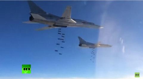 Máy bay Nga ném bom các mục tiêu IS tại Syria