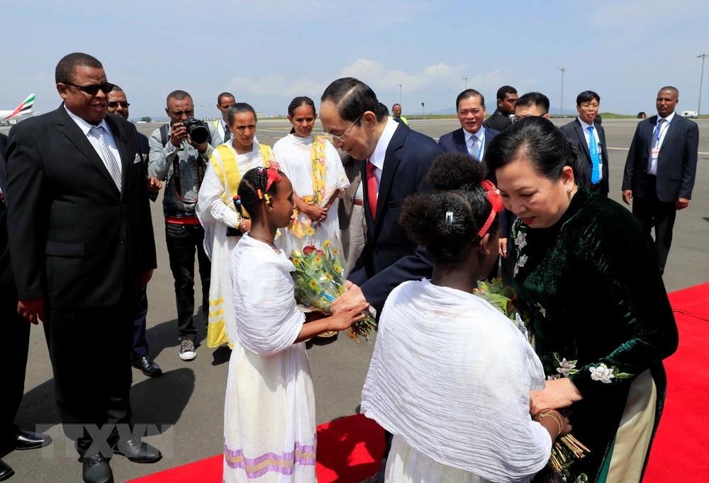 Hình ảnh Chủ tịch nước và phu nhân thăm Ethiopia