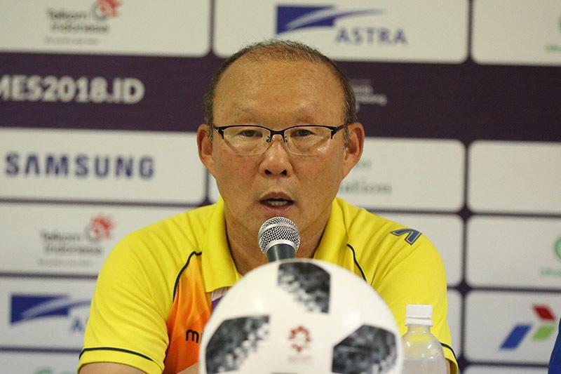 HLV Park Hang Seo: 'Không ai có thể thay thế Công Phượng'