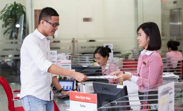 Kiên trì tăng vốn chủ sở hữu, ngân hàng hái 'trái ngọt'