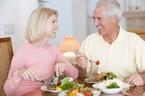 Người già 107 tuổi được hưởng trợ cấp 270.000 đồng/tháng