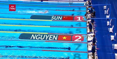 Video Nguyễn Huy Hoàng xuất sắc giành HCB bơi 1500m