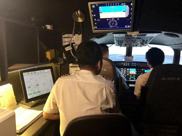 Nộp tiền tỷ đi học, phi công có thể bị 'hủy bằng' bất cứ lúc nào