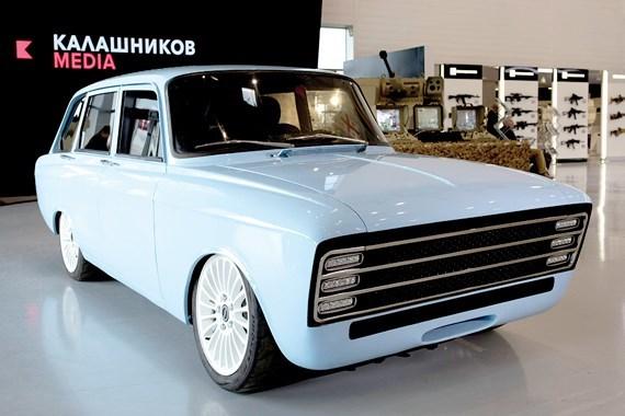 Hãng sản xuất súng AK-47 bất ngờ ra mắt ô tô chạy điện