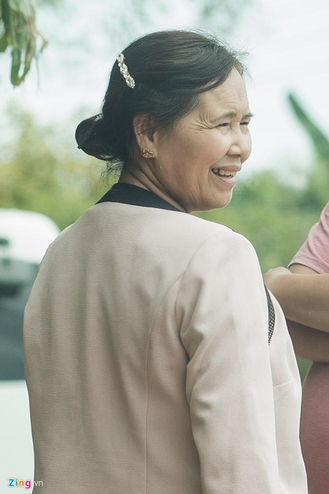 Mẹ Nhã Phương: 'Gia đình ưng nó cưới Trường Giang lâu lắm rồi'