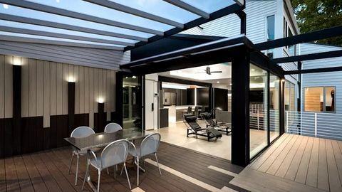 Chọn mẫu bàn ghế nhà đẹp cho không gian ngoài trời