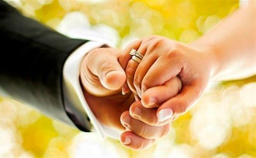 Chuyện lạ: Vợ còn trinh vì chồng 'nhầm chỗ' suốt 4 năm