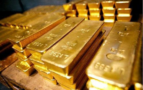 Giá vàng hôm nay 29/8: USD tụt đáy, vàng bò lên dốc