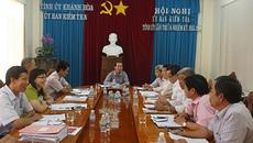 Cảnh cáo Trưởng ban Dân vận Thành ủy Cam Ranh