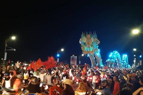 Ăn mừng tại Đà Nẵng