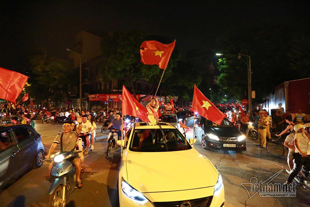 U23 Việt Nam,Park Hang Seo,Bùi Tiến Dũng,Nguyễn Quang Hải,Văn Toàn