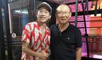Hoài Linh khoe ảnh cùng HLV Park khi U23 vào bán kết Asiad
