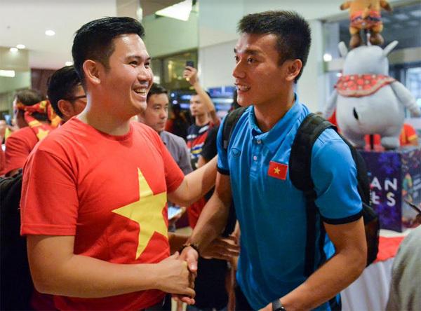 Chủ tịch Asanzo thưởng nóng Olympic Việt Nam