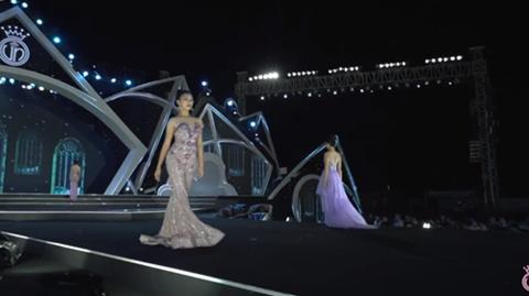 Hoa hậu Việt Nam gián đoạn vì sự cố bất ngờ