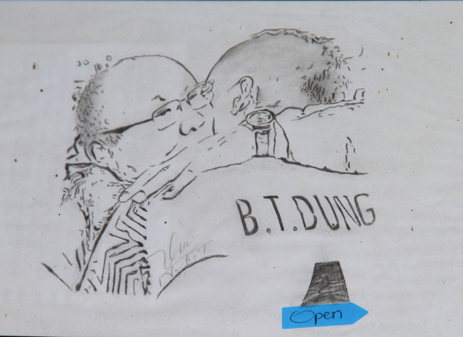 Bức tranh khắc họa lại hình ảnh học trò Tiến Dũng và HLV Park Hang Seo
