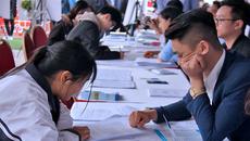'Con ông cháu cha' có cơ hội làm việc trí óc cao gần gấp 3 con lao động phổ thông