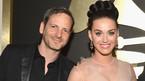 Katy Perry lên tiếng về thông tin bị nhà sản xuất 44 tuổi cưỡng hiếp