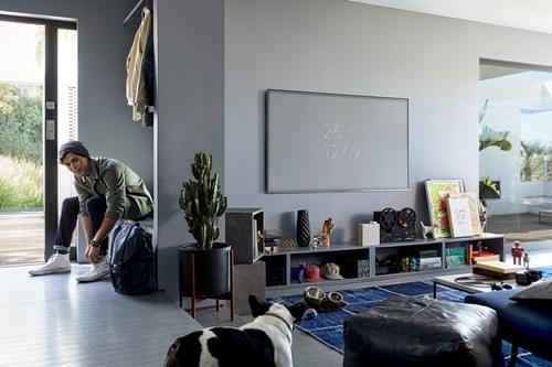 Tuyệt chiêu khiến tường phòng khách đẹp 'không tì vết'