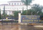 Chánh Văn phòng Huyện ủy ở Đắk Nông đánh lái xe nhập viện