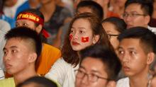 """Sinh viên cả nước """"đá bán kết"""" cùng U23 Việt Nam"""