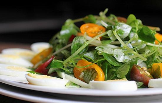 Những loại rau đắt hơn thịt được nhiều người tìm mua