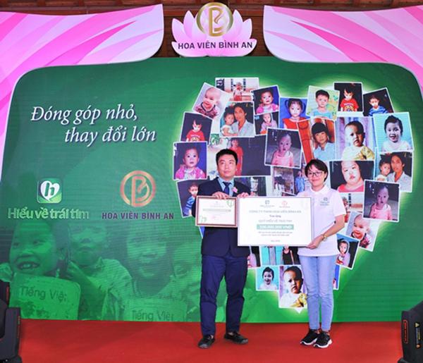 Hoa Viên Bình An ủng hộ Quỹ Hiểu về Trái tim