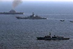 Lý do tàu chiến Nga bỗng hiện diện dày đặc ngoài khơi Syria