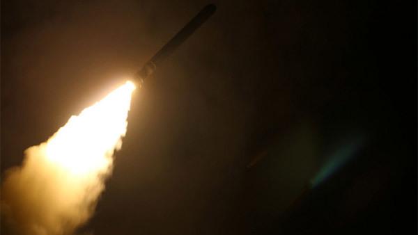 Mỹ, Anh, Pháp sẵn sàng tấn công Syria trong 24 tiếng?