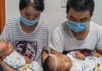 Đau lòng cha mẹ 'bốc thăm' chọn cứu sống một trong hai con