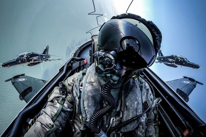 Mãn nhãn chùm ảnh lột tả vẻ đẹp của không quân Anh