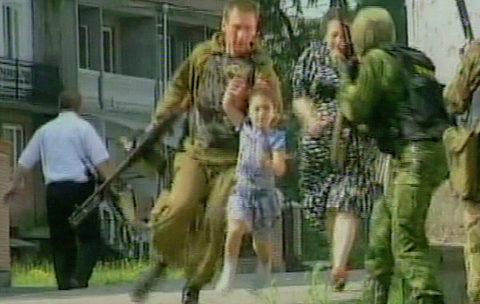 Thảm sát trường học kinh hoàng ở Nga