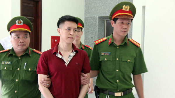 bạo hành,bạo hành trẻ em,mẹ kế,trẻ em bị bạo hành,Hà Nội