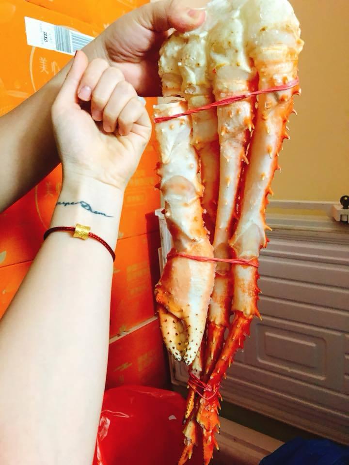 Món ăn khổng lồ hiếm có được bày bán ở Hà Nội