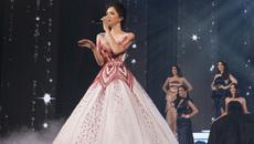 Hương Giang idol hát ở chung kết Hoa hậu Chuyển giới Thái Lan