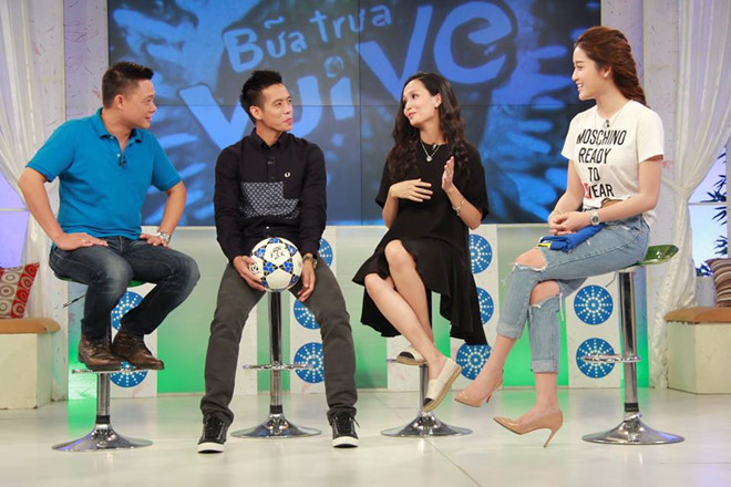 Người vợ giỏi giang, xinh đẹp của Văn Quyết U23 Việt Nam